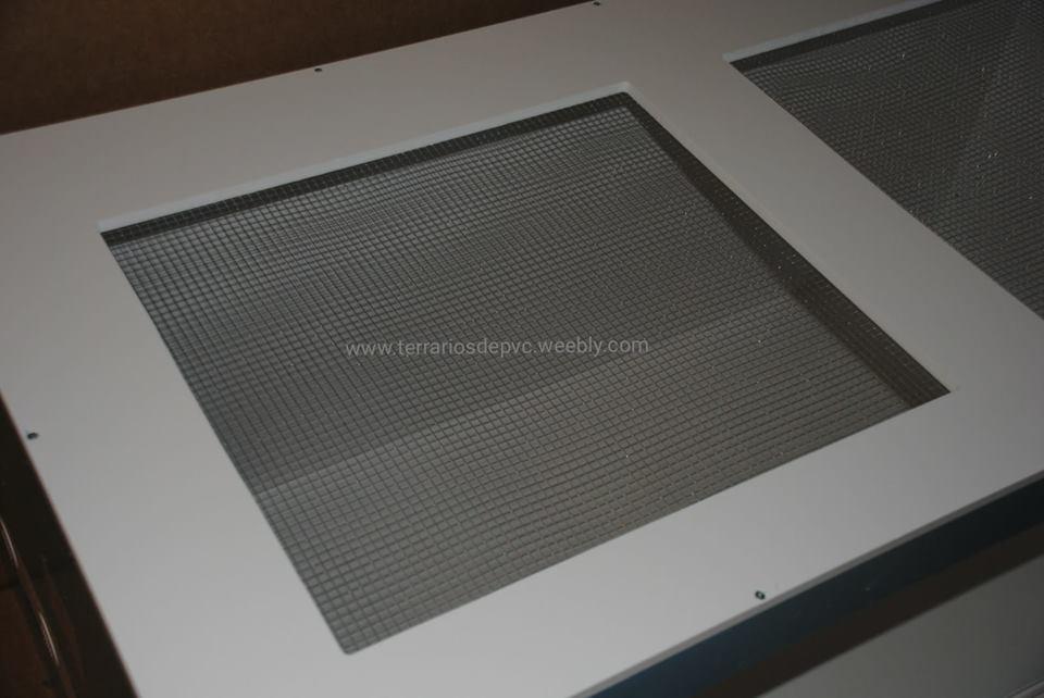 terrario pvc tapa de malla mas ventilación aire